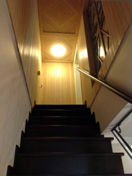 Дизайн интерьер декор декорирование мансарда реконструкция Михаил Топоров архитектор лестница загородный дом загородный дом